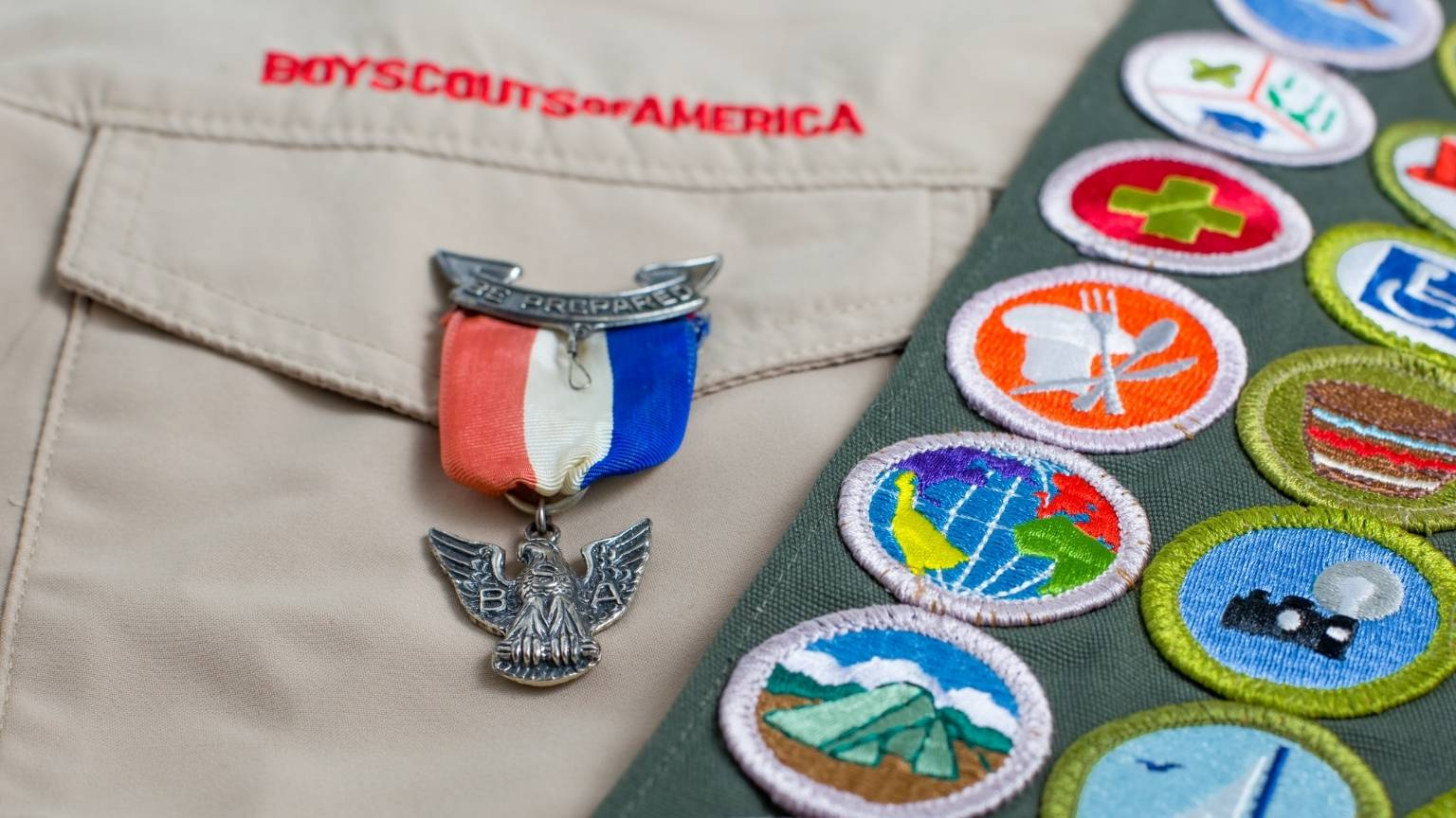 Eagle Scout pin displayed on a Boy Scout uniform